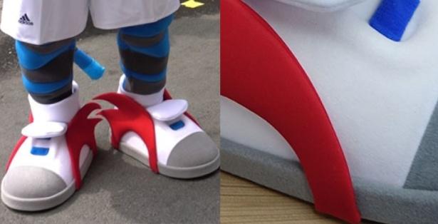 Schuh-Herstellung-Kostuem-Maskottchen